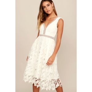 LULUS BELOVED BLOOM IVORY LACE MIDI DRESS